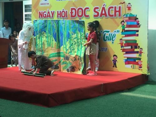 Niềm vui của học sinh tiểu học Lômônôxốp trong ngày hội đọc sách - Ảnh minh hoạ 3