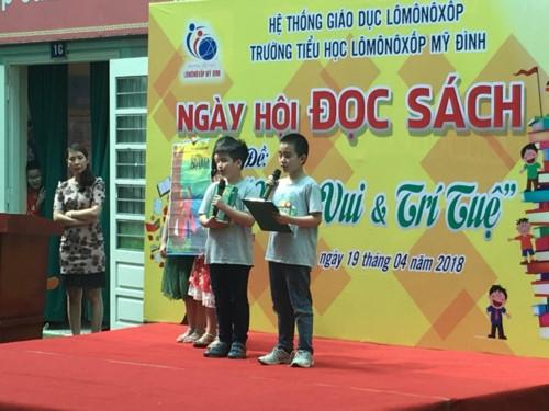 Niềm vui của học sinh tiểu học Lômônôxốp trong ngày hội đọc sách - Ảnh minh hoạ 5