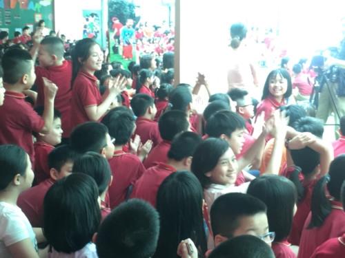 Niềm vui của học sinh tiểu học Lômônôxốp trong ngày hội đọc sách - Ảnh minh hoạ 12