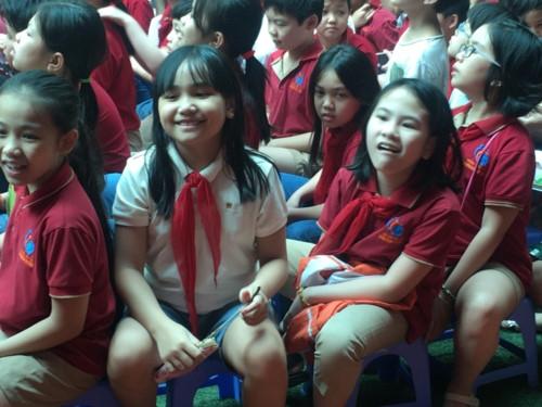 Niềm vui của học sinh tiểu học Lômônôxốp trong ngày hội đọc sách - Ảnh minh hoạ 11