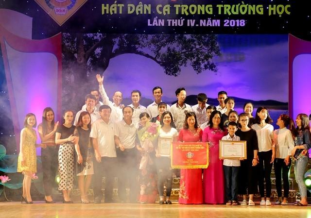 CĐ Văn hóa nghệ thuật Nghệ An tuyển thẳng 10 học sinh hát dân ca xuất sắc