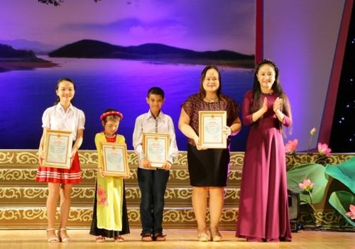 CĐ Văn hóa nghệ thuật Nghệ An tuyển thẳng 10 học sinh hát dân ca xuất sắc - Ảnh minh hoạ 3