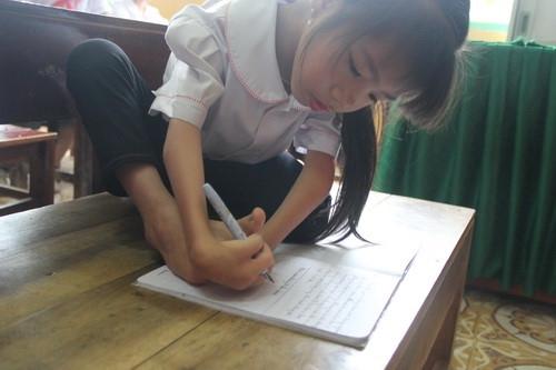 Học sinh khuyết tật chân, tay được Bộ GD&ĐT tặng Bằng khen - Ảnh minh hoạ 4