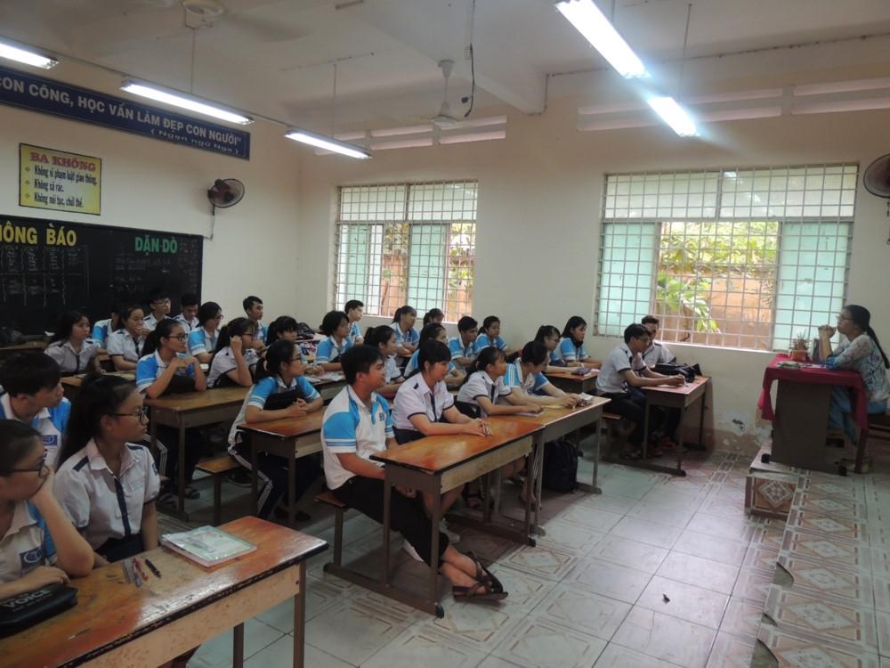 Phụ huynh đề nghị chuyển trường - nhà trường giải thích, tư vấn