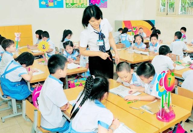 Không thể xem nhà giáo như một viên chức bình thường