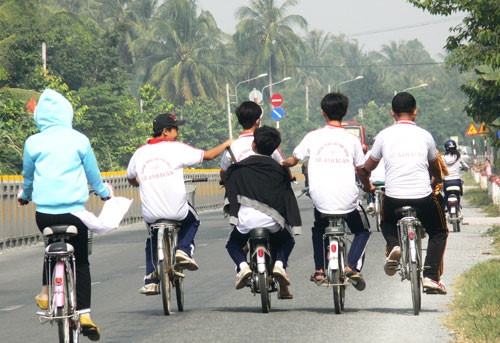 Ninh Bình tăng cường đảm bảo an toàn giao thông dịp hè