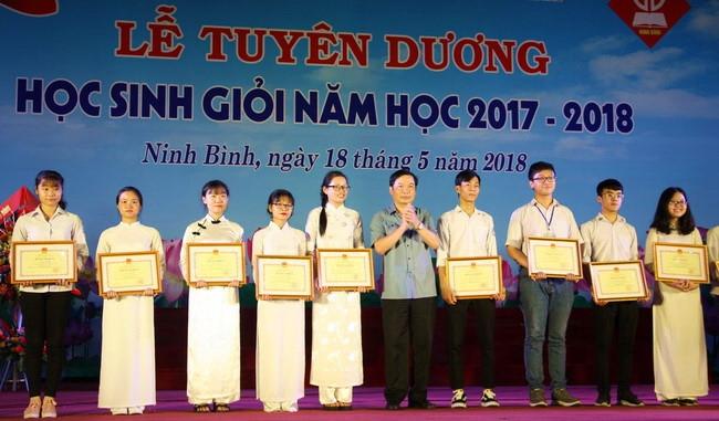 Ninh Bình tuyên dương Học sinh giỏi năm học 2017 - 2018