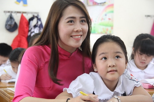 GS.VS Phạm Minh Hạc: Không thể để lương của nhà giáo thấp