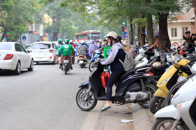 Hà Nội lưu ý việc trông giữ xe trong trường học