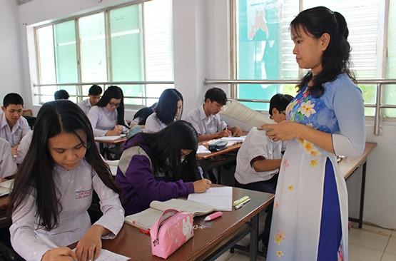 Sơn La tuyển giáo viên trường chuyên