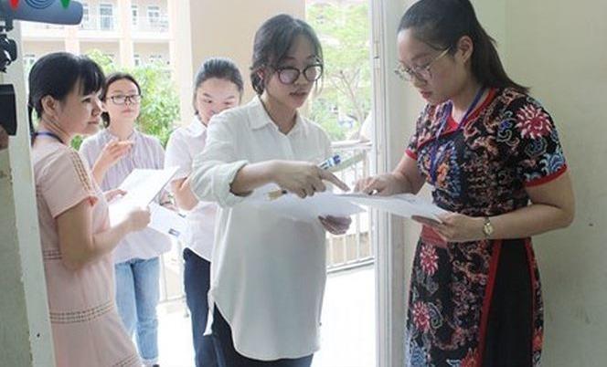 GS Toán không giải đề thi THPT Quốc gia nhanh bằng học sinh: Không lạ!