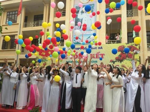 Sở GD&ĐT Lào Cai trực tiếp hướng dẫn, chỉ đạo tổ chức lễ tri ân, trưởng thành