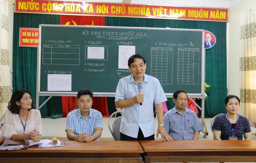 Bí thư Tỉnh ủy Nghệ An kiểm tra các điểm thi trước giờ G
