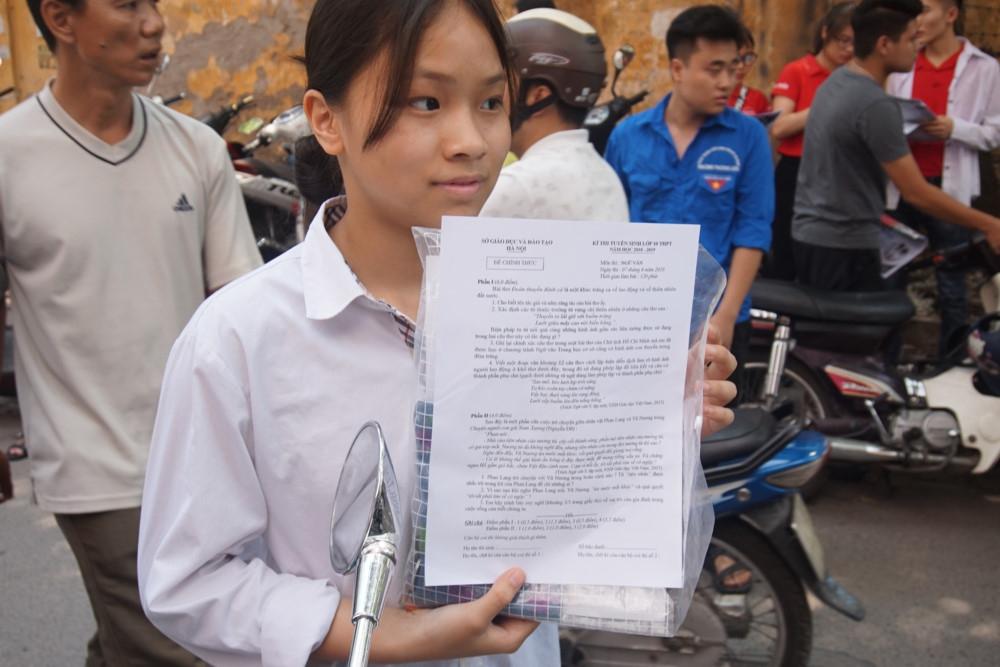 Đề thi môn Ngữ Văn lớp 10 THPT của Hà Nội nằm trong chương trình kiến thức chuẩn