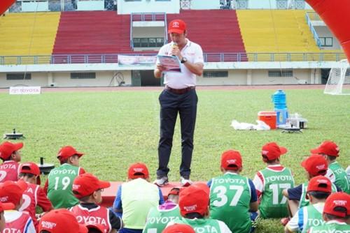 Gần 700 cầu thủ nhí tham gia vòng sơ tuyển Trại hè Bóng đá thiếu niên Toyota 2018 tại TPHCM - Ảnh minh hoạ 2