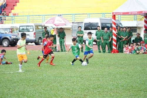 Gần 700 cầu thủ nhí tham gia vòng sơ tuyển Trại hè Bóng đá thiếu niên Toyota 2018 tại TPHCM - Ảnh minh hoạ 3