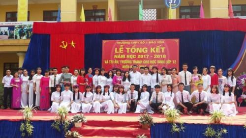 Sở GD&ĐT Lào Cai trực tiếp hướng dẫn, chỉ đạo tổ chức lễ tri ân, trưởng thành - Ảnh minh hoạ 3