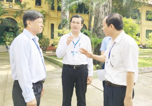 Thứ trưởng Nguyễn Văn Phúc kiểm tra công tác thi tại TPHCM - Ảnh minh hoạ 2