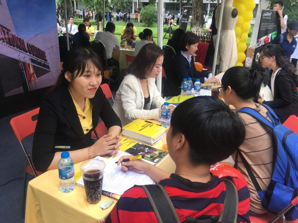 Giới thiệu chương trình Cử nhân Thực hành Quốc tế