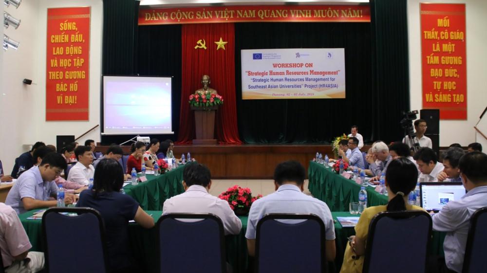 ĐH Đà Nẵng: Hội thảo Quản trị chiến lược nguồn nhân lực