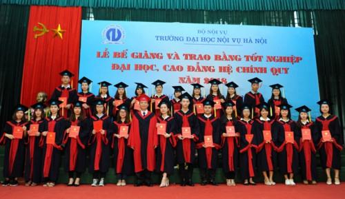 Trường Đại học Nội vụ Hà Nội trao bằng tốt nghiệp cho sinh viên - Ảnh minh hoạ 2