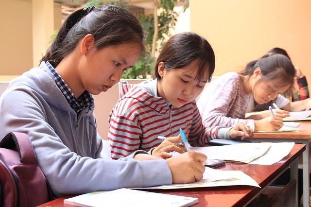 Đồng hành cùng tân sinh viên nhập học