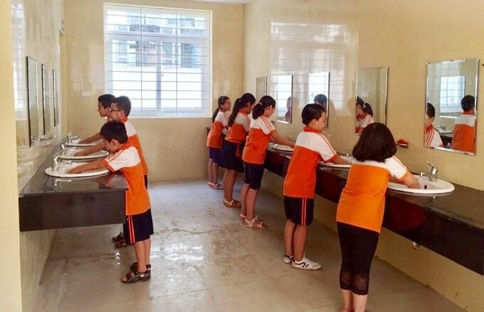 Giải quyết dứt điểm việc thiếu nhà vệ sinh trong trường học