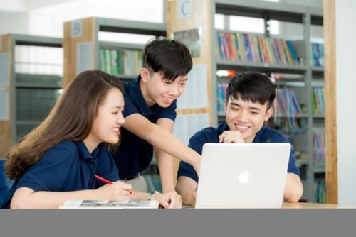 Tập đoàn giáo dục Nguyễn Hoàng khẳng định vị trí dẫn đầu với quy mô đào tạo khép kín từ Mầm non đến Tiến sĩ - Ảnh minh hoạ 2