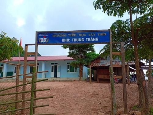 Chuyện học nơi thầy cô vượt hàng chục km đường rừng tới trường - Ảnh minh hoạ 3