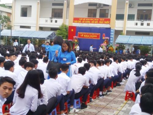 Hôm nay (5/9) học sinh cả nước nô nức khai giảng năm học mới - Ảnh minh hoạ 2