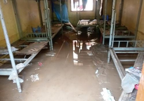 Sơn La: Rà soát, di chuyển điểm trường, lớp học khỏi nơi có nguy cơ lũ quét, ngập lụt - Ảnh minh hoạ 3