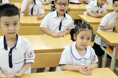 Ngày đầu tiên đi học: Lấp lánh niềm vui và cả nỗi lo… - Ảnh minh hoạ 3