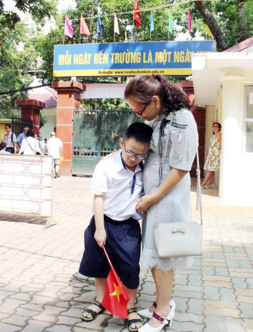 Ngày đầu tiên đi học: Lấp lánh niềm vui và cả nỗi lo… - Ảnh minh hoạ 5