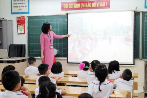 Ngày đầu tiên đi học: Lấp lánh niềm vui và cả nỗi lo… - Ảnh minh hoạ 2