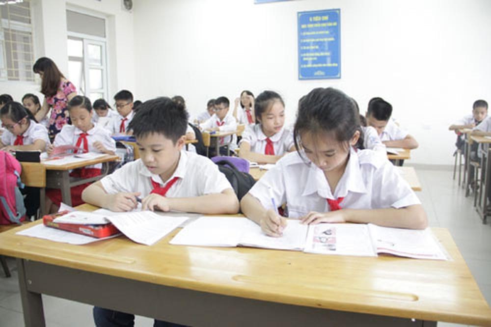 Ninh Bình kiểm tra thực hiện thu chi trong trường học