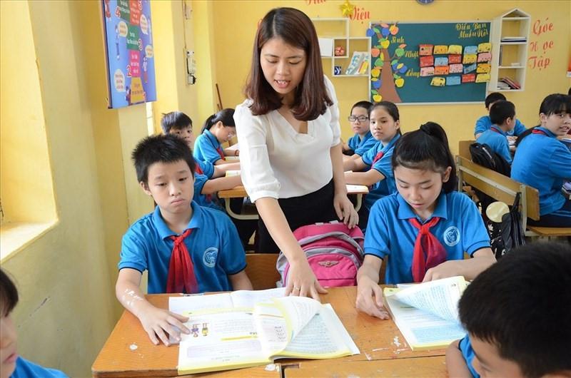 Bộ Nội vụ cần tham mưu Chính phủ giải quyết kịp thời vấn đề thiếu giáo viên