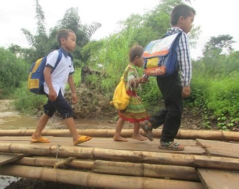 """""""Ớn lạnh"""" những con đường đến trường của học sinh buôn H'Mông - Ảnh minh hoạ 2"""