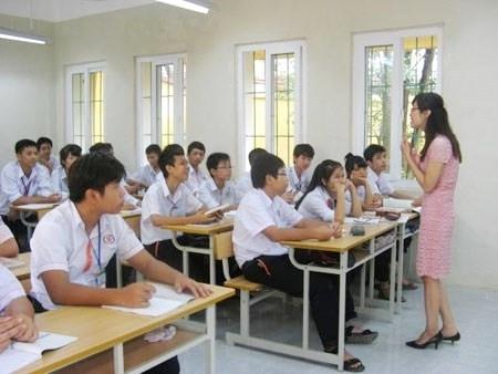 Nan giải tình trạng thiếu trầm trọng giáo viên THPT