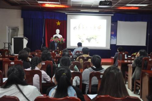 Nâng cao kiến thức, kỹ năng cho sinh viên về biến đổi khí hậu - Ảnh minh hoạ 2