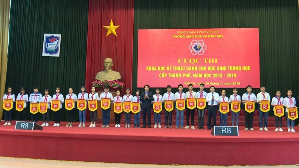 Ngành GD Việt Trì (Phú Thọ) tổ chức thành công cuộc thi Khoa học kỹ thuật