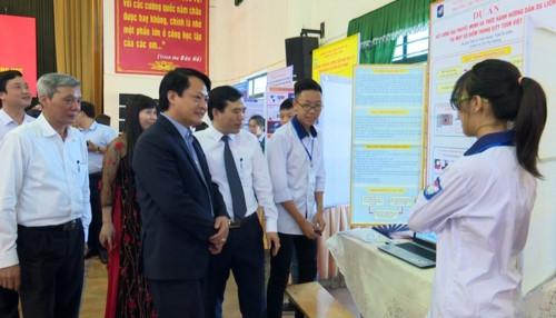 Ngành GD Việt Trì (Phú Thọ) tổ chức thành công cuộc thi Khoa học kỹ thuật - Ảnh minh hoạ 2
