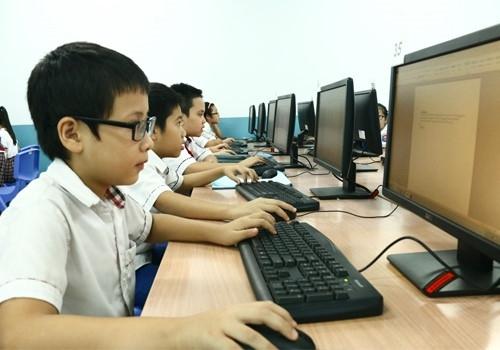 Chương trình giáo dục phổ thông mới: Sớm thay đổi thói quen chỉ dựa vào SGK - Ảnh minh hoạ 2