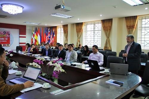 Chuyên gia Australia tư vấn nâng cao năng lực NCKH cho giảng viên Việt Nam - Ảnh minh hoạ 3