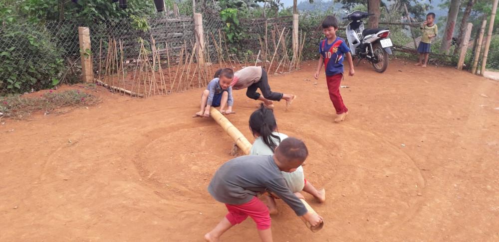 Hấp dẫn hóa dạy tiếng Việt cho học sinh dân tộc