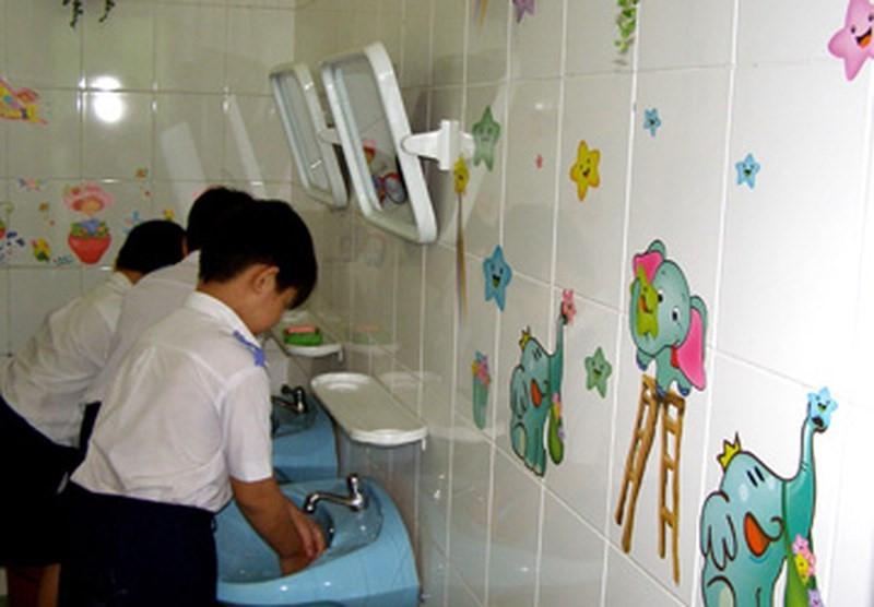 Bắc Giang: Giải quyết dứt điểm tình trạng thiếu nhà vệ sinh trong trường học