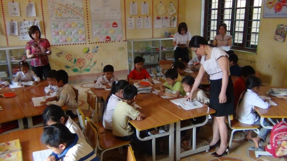 Lào Cai: Lập đường dây nóng tiếp nhận tin tiêu cực, sai phạm giáo dục