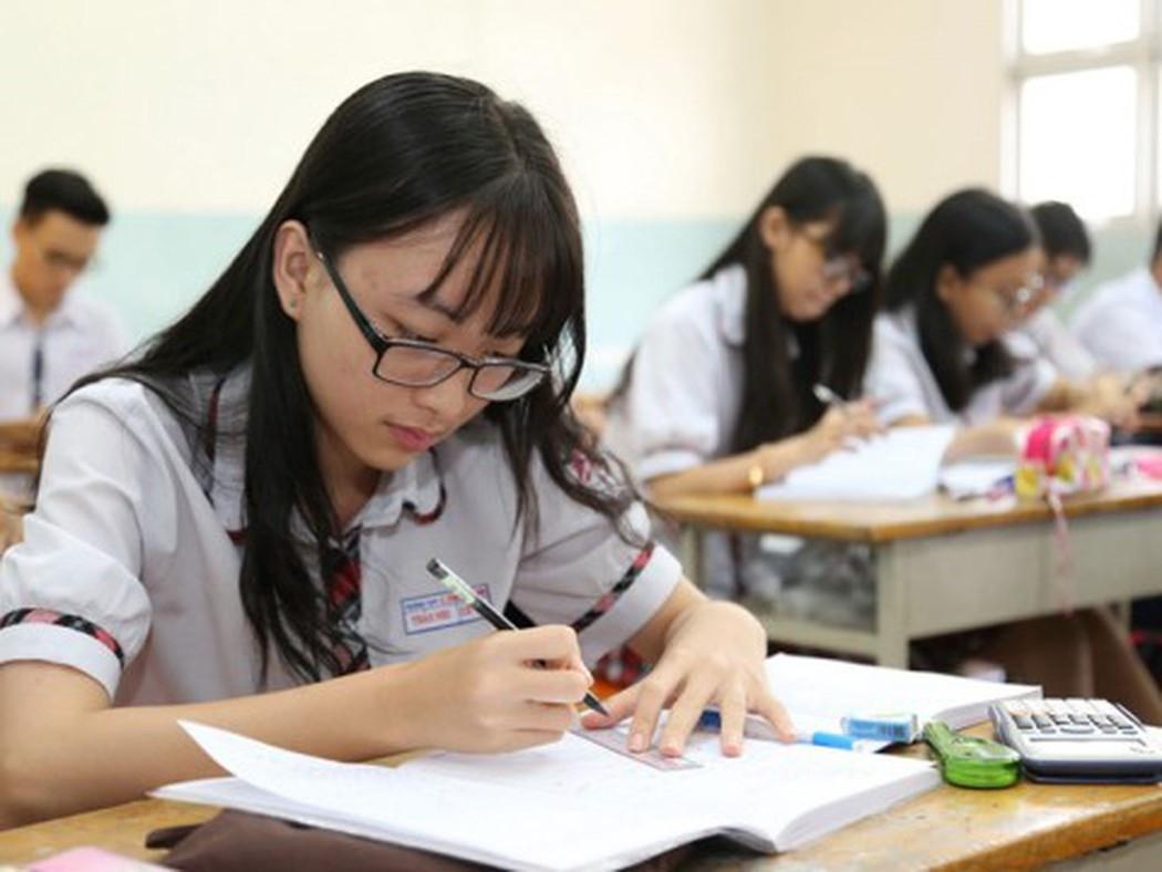 Thi trắc nghiệm môn Toán: Đánh giá năng lực người học