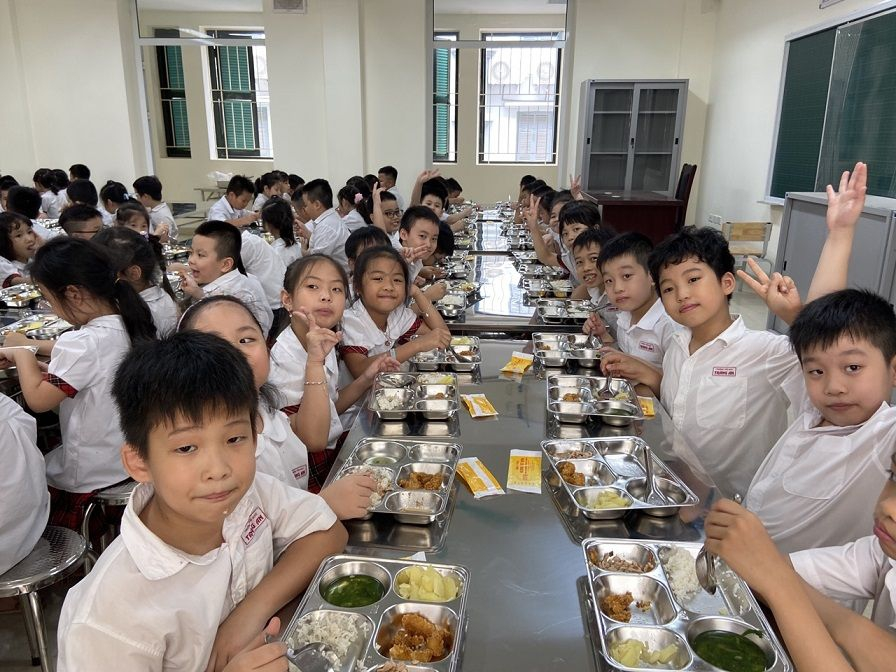 Học sinh Tiểu học Tràng An hào hứng học tập tại ngôi trường mới khang trang, hiện đại - Ảnh minh hoạ 12