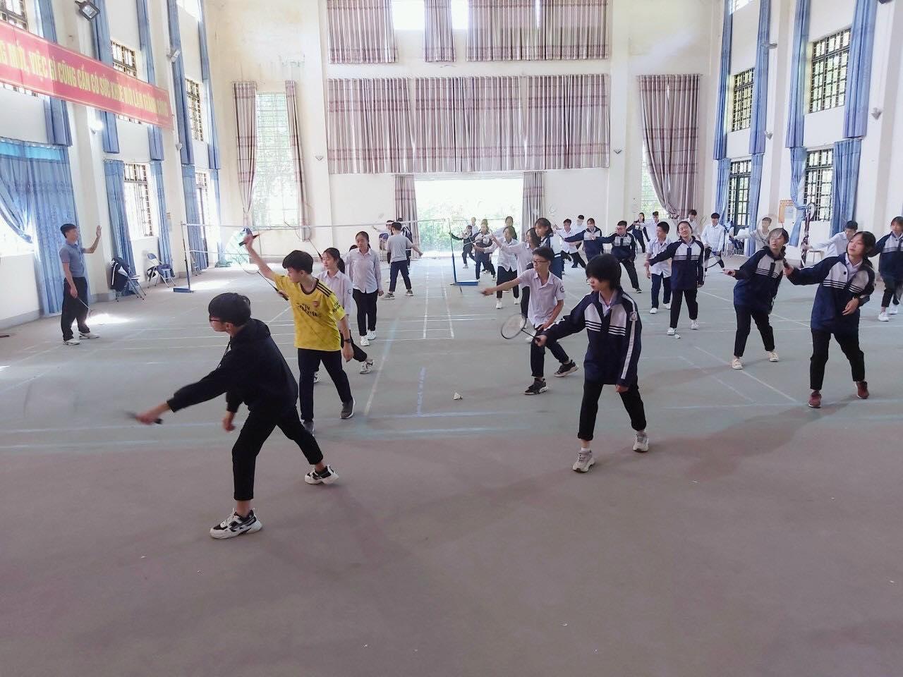 Lào Cai: 322 CBQL, GV thi tài tại Hội thi giáo viên THPT dạy giỏi - Ảnh minh hoạ 3