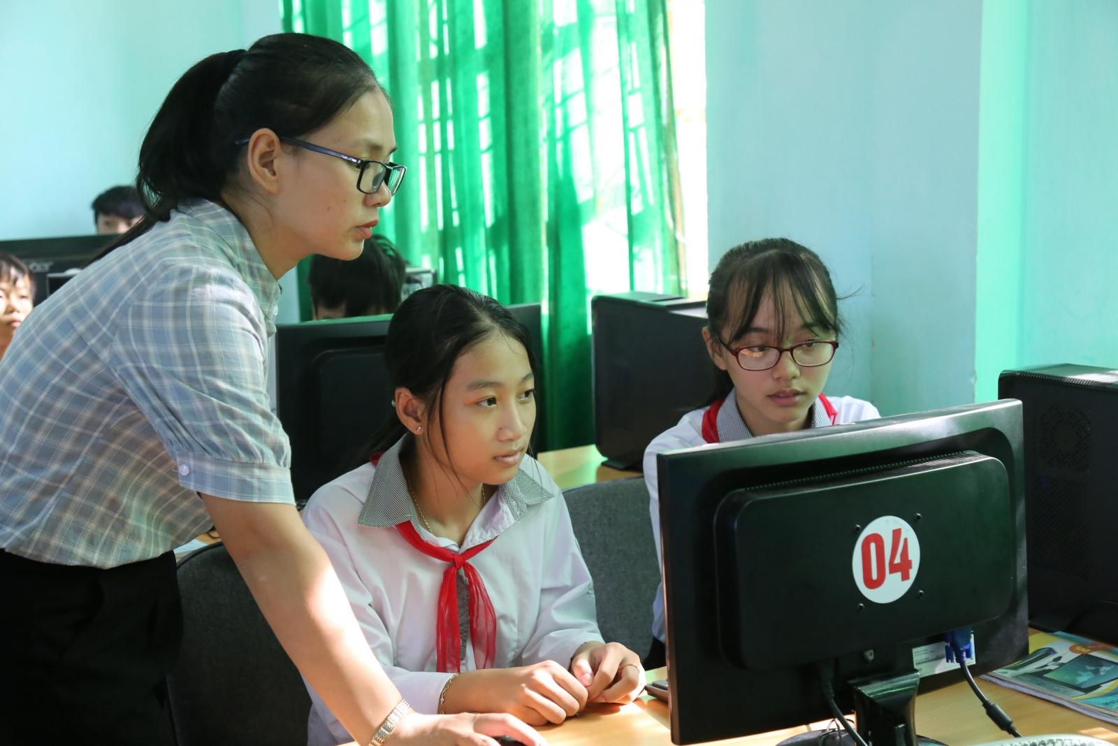 """Quảng Bình: Hiệu quả từ việc """"Chuyển đổi số thúc đẩy học tập suốt đời"""""""